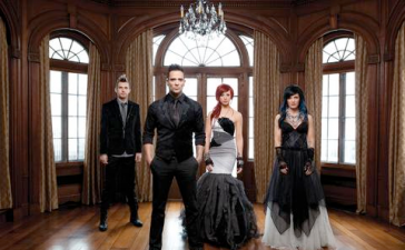 "Skillet ""Sick of It"""