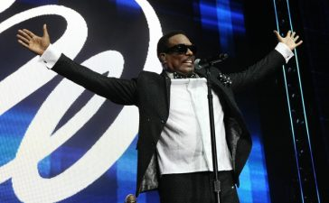 Charlie Wilson performs at Essence