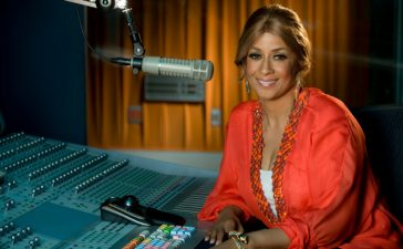Dorinda Clark Cole gets name change for radio show.