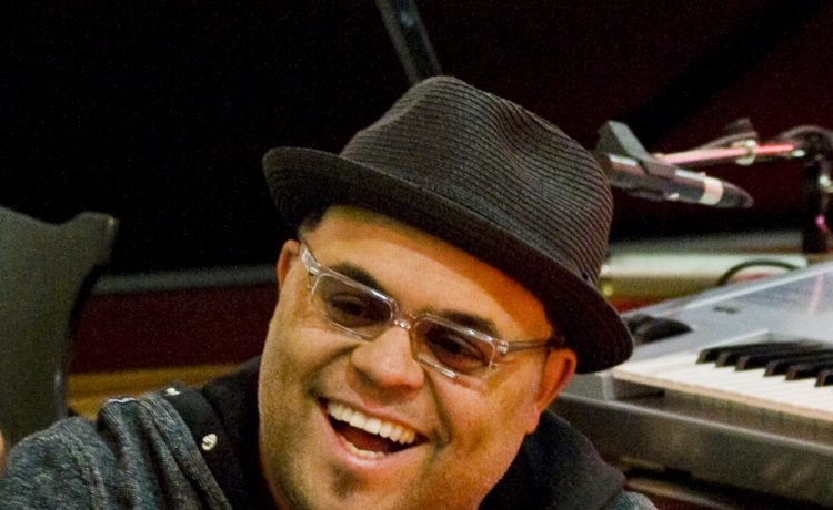 Israel Houghton and NewBreed Prep to Release 'Covered: Alive