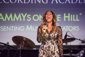 Yolanda Adams sings National Anthem