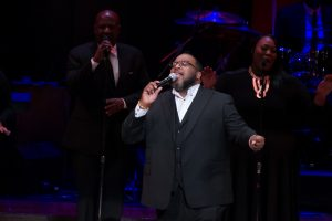 Marvin Sapp performs at ICGT