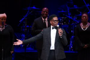 Donald Lawrence performs at ICGT