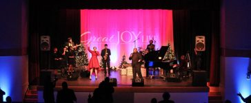 Vernon Hill and singers at Slayton House Theatre