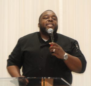 Jarvis Smith discusses social media at DMV Singers and Musicians Fellowship