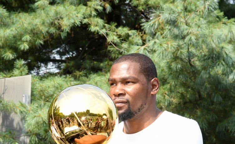 Kevin Durant rides in parade in his honor in Seat Pleasant, MD