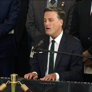Michael W. Smith sings at Billy Graham memorial service