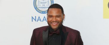 Anthony Anderson hosts NAACP Image Awards again