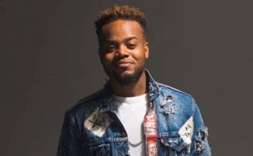 Travis Greene hits #1
