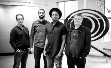 Lecrae signs record deal with Columbia